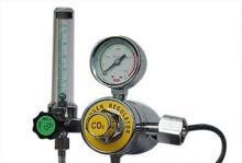 双级减压气—二氧化碳管路电加热